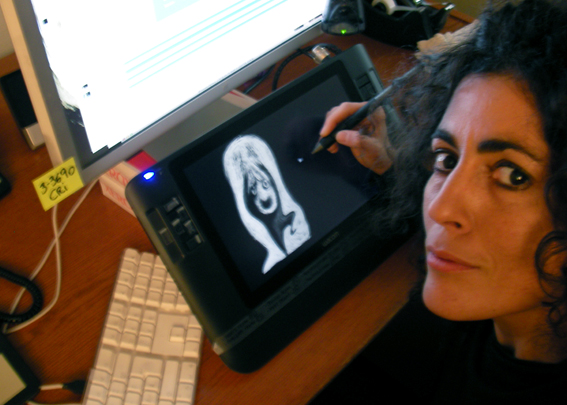 Regina Pessoa dessine sur une tablette numérique