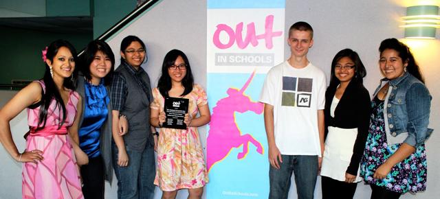 Concours de vidéos pan-canadien Lutte contre l'homophobie à l'intention des jeunes
