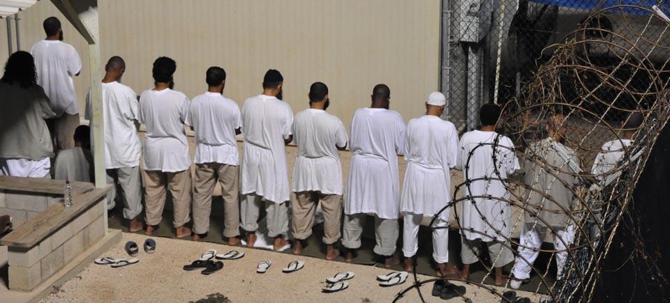 Ouïghours, prisonniers de l'absurde | L'histoire de 22 hommes vendus comme « terroristes »