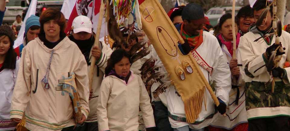 Jeunes Autochtones – Changer notre façon de penser!