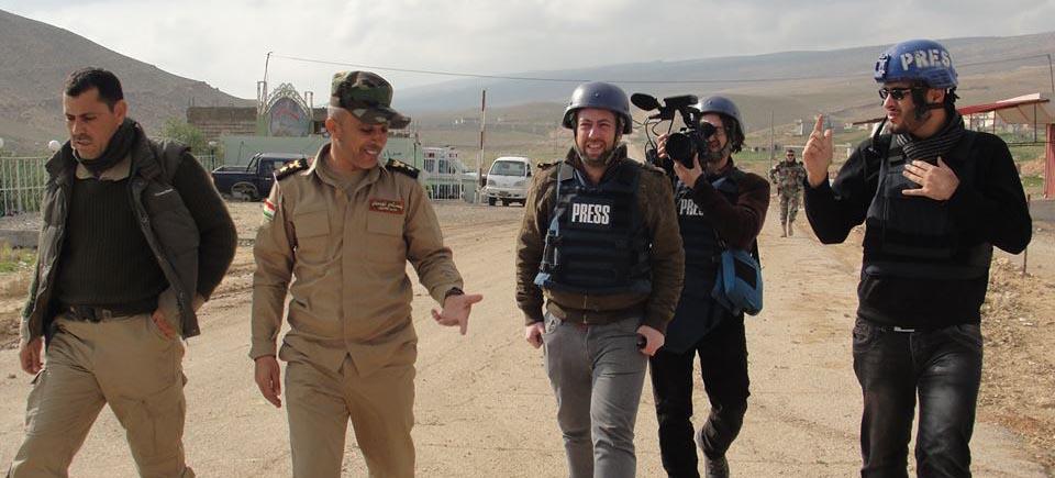 Un journaliste au front | 4 questions au réalisateur Santiago Bertolino