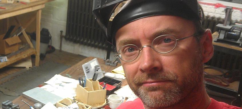 Découvrez Erik Goulet, concepteur d'armatures pour LA GIROUETTE