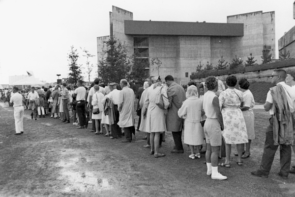 People lining up in front of Expo 67's Labyrinth Pavilion