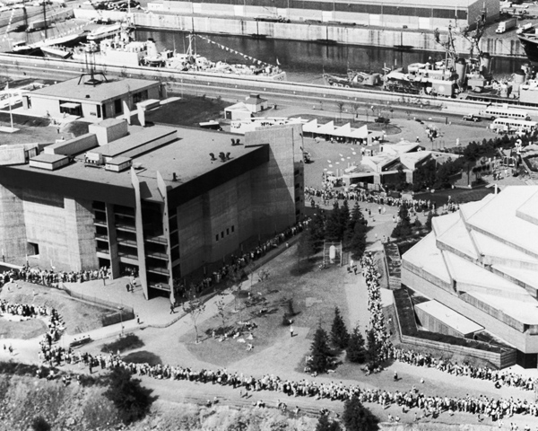 Line up to enter Labyrinth pavilion at Expo 67 Montreal