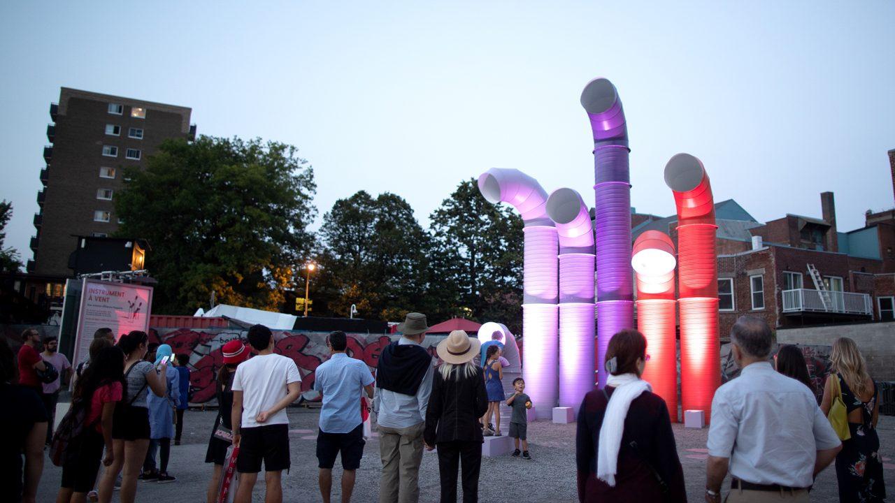 Les sons de la ville deviennent harmonie avec l'installation « Instrument à vent »